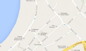 Aberystwyth ar fap rhyngweithiol Google i'r we: e.e. Queen Street